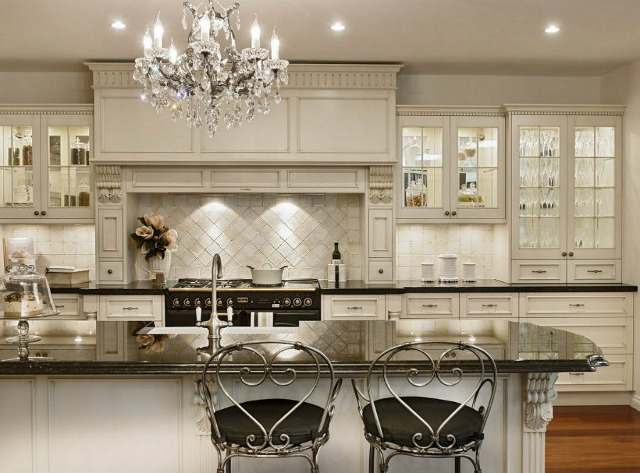 10 Kitchen Chandeliers to brighten up your Kitchen 01