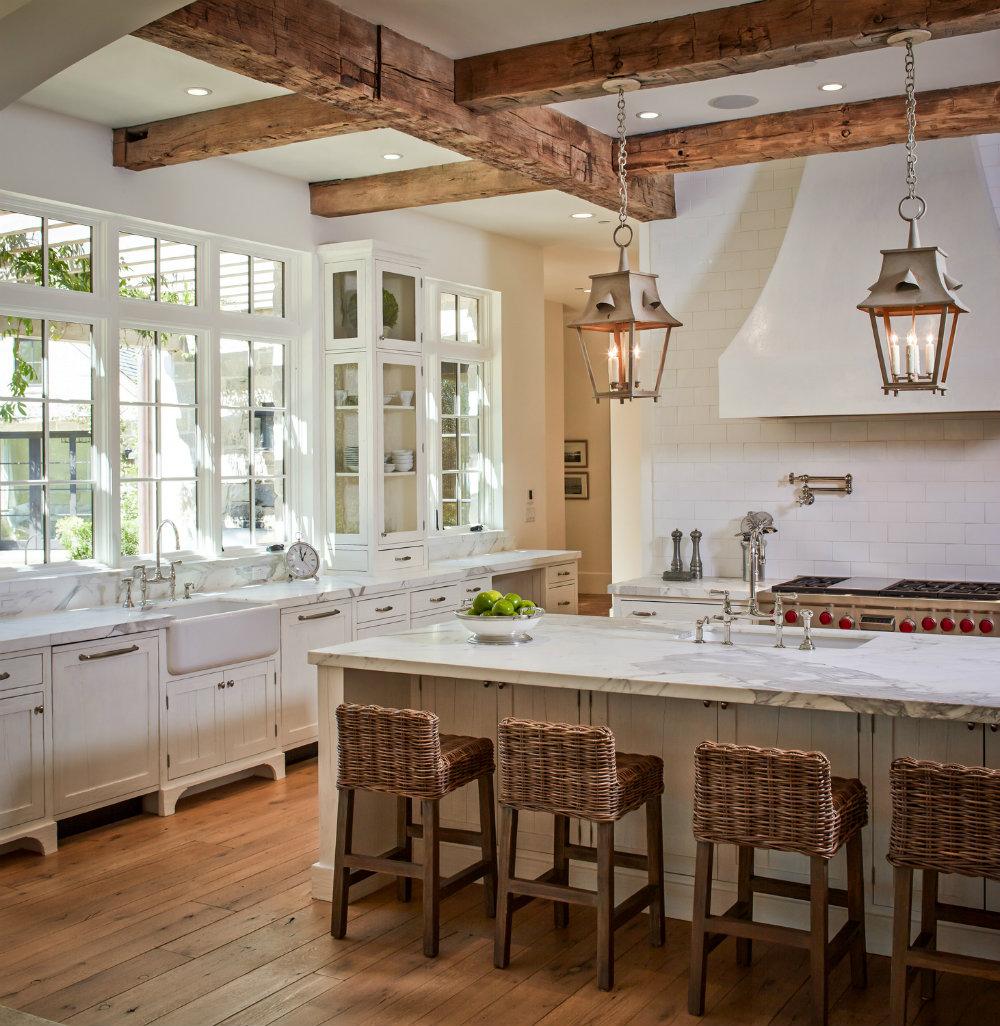 10 Kitchen Chandeliers to brighten up your Kitchen 05