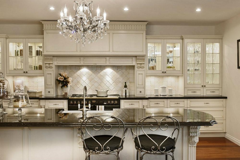 10 Kitchen Chandeliers to brighten up your Kitchen 10