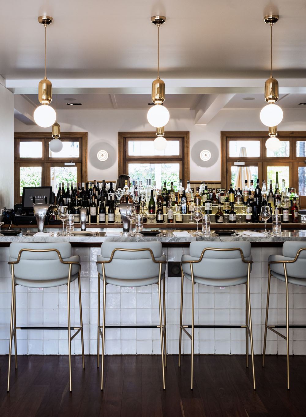 5 Luxury Bar Lighting Ideas