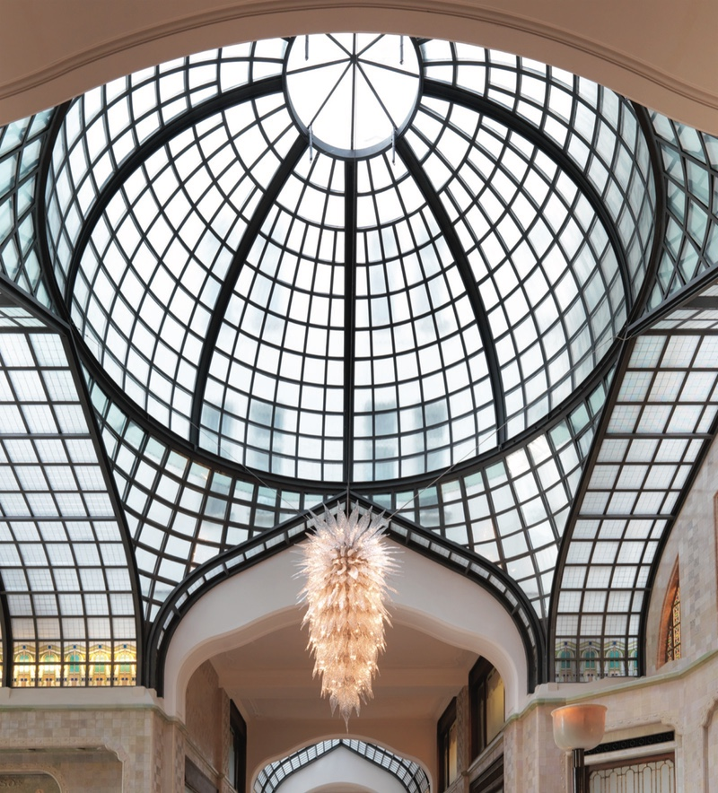 Beautiful Hotel Lobby Chandeliers To Inspire You crystal chandeliers