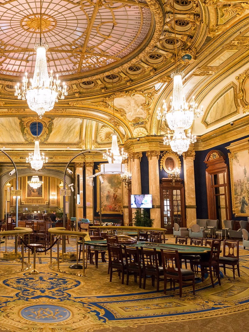Casino Chandeliers_ A Breathtaking Tour Around the World classical architecture