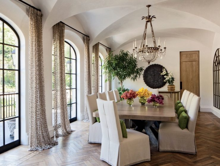 Celebrity Dining Room Chandeliers You Need to See Boris Lacroix chandelier