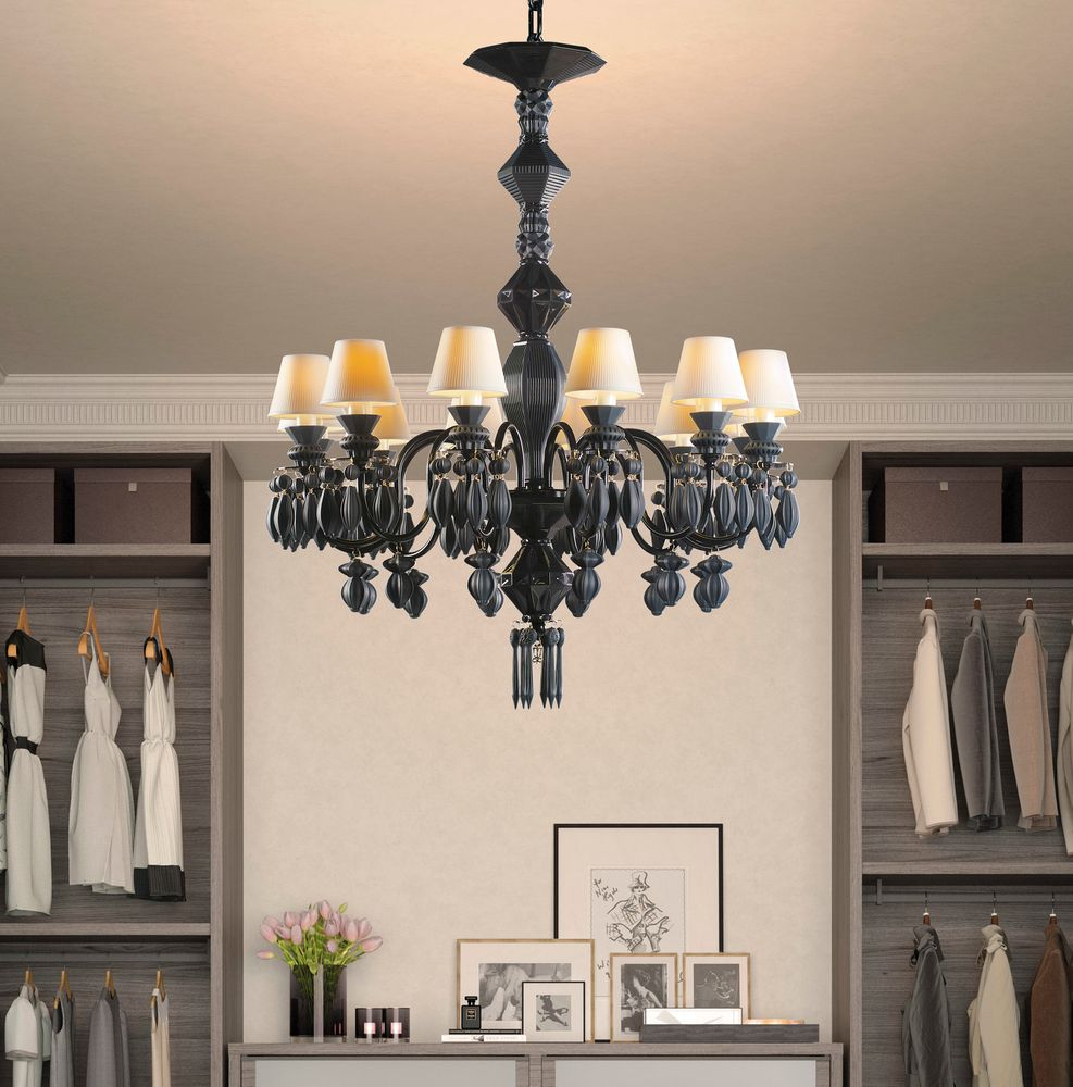 Black Chandeliers To Enhance Your Home Decor