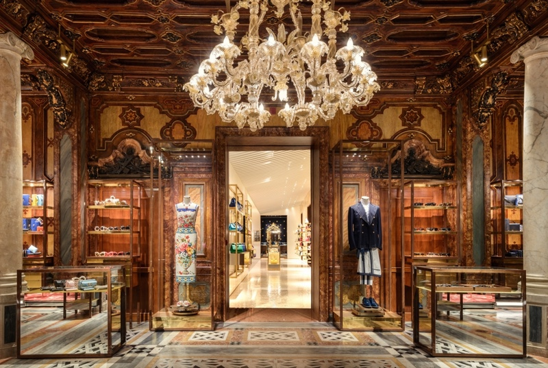 Dolce & Gabbana's Venice Boutique_ The Lighting Design beautifully detailed chandelier