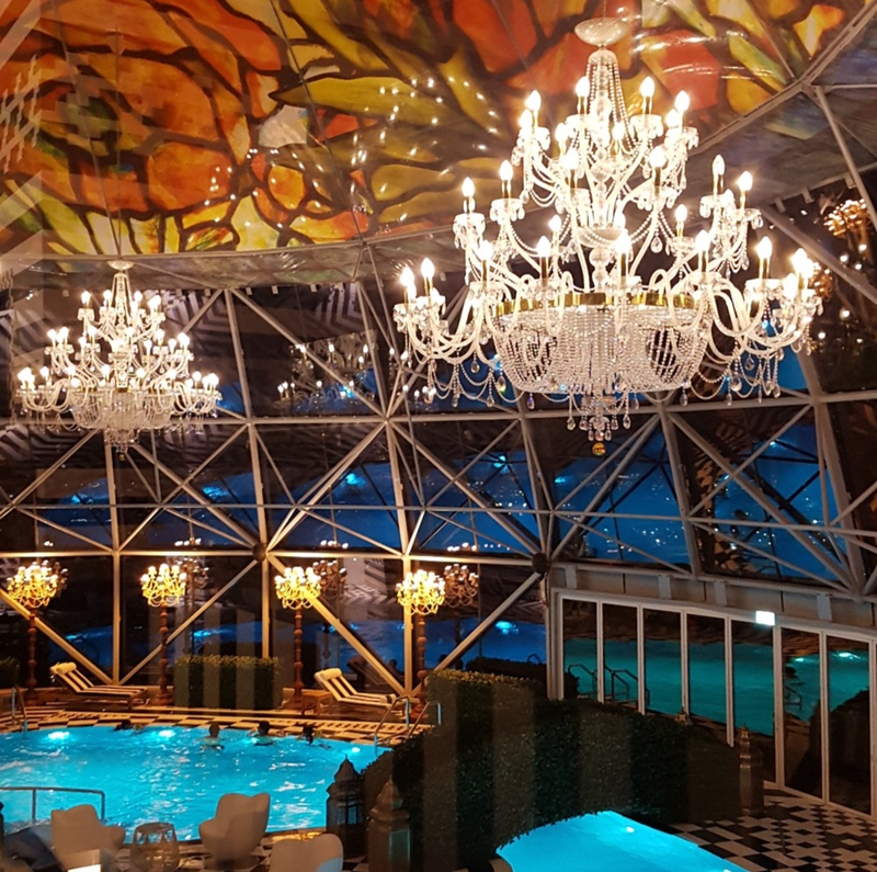 Indoor Swimming Pool Lighting Designs That Will Amaze You crystal chandelier, l