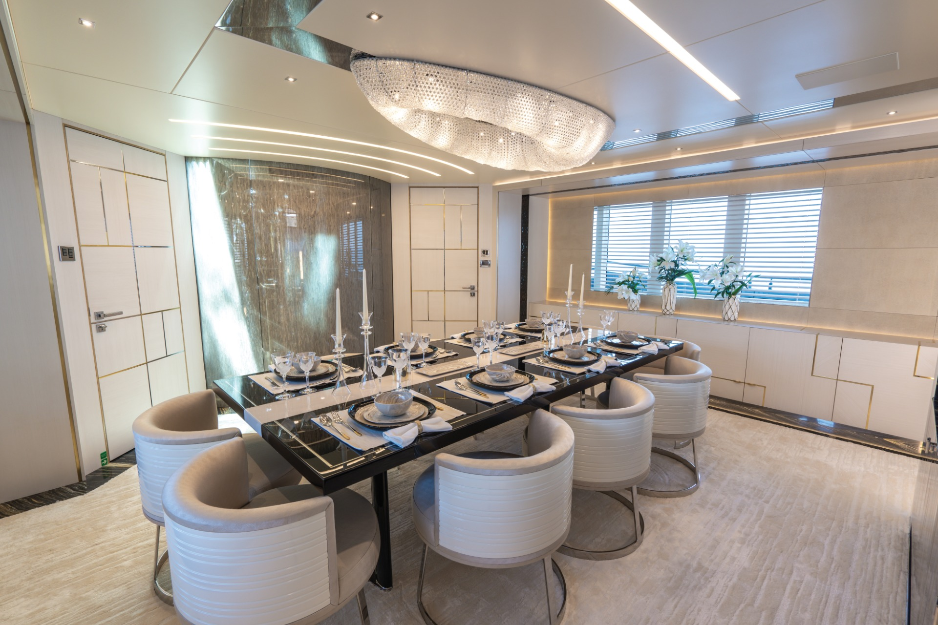 Be Inspired By The Amazing Design Of This Luxury Yacht